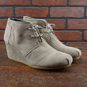 TOMS Desert Taupe Suede Wedges Sz 11 300512